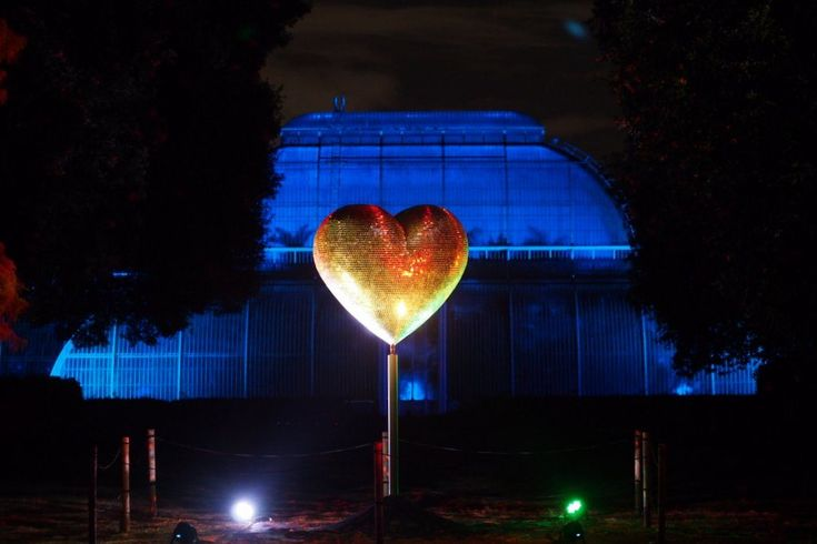 This light installation, was created by Stephen Newby, it's entitled Heart of Stars, and is positioned outside the Palm House at the Royal Botanic Gardens at Kew. Pictured during the Christmas at Kew 2016 event.