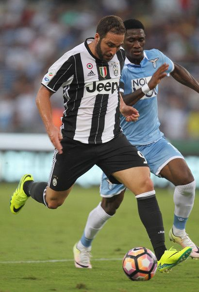 Gonzalo Higuain of Juventus FC in action during the Serie A match between SS…