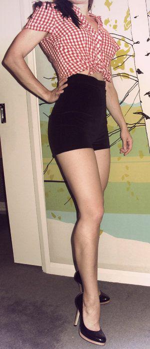 'Vixen' high waisted pin up short shorts