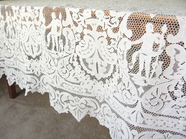 Cherubs Angels Antique Point De Venise Italian Needle Lace Tablecloth  70x106 | EBay