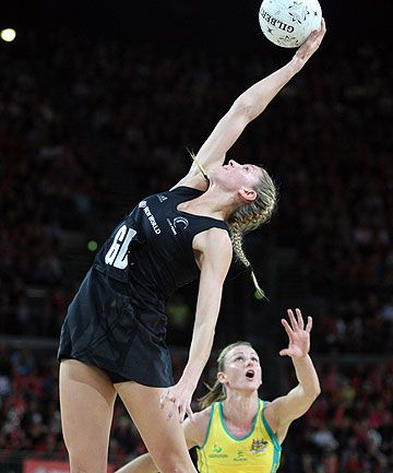 #Australia vs #New_Zealand - #Netball - women in sport
