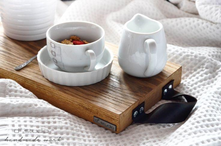Taca drewniana MORNING, skórzane uchwyty! Scandi w D2 Studio - Drewno dla Twojego domu na DaWanda.com   design / projekt / stołek / stolik / skandinavian / scandi / skandynawski / d2 studio / wood / drewniany / coffee table / handmade /
