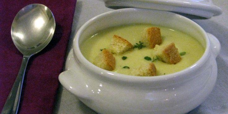 Πατατόσουπα με τραγανά κρουτόν & μπέικον
