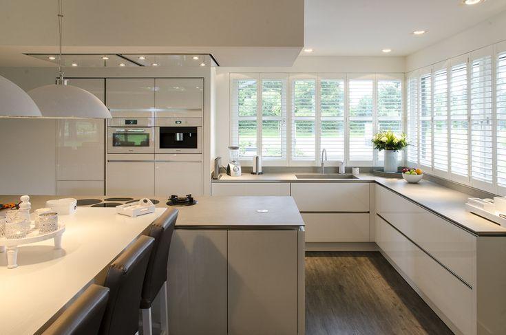 25 beste idee n over witte apparatuur op pinterest wit keukenapparatuur huiselijke keuken en - Keukenmuur deco ...