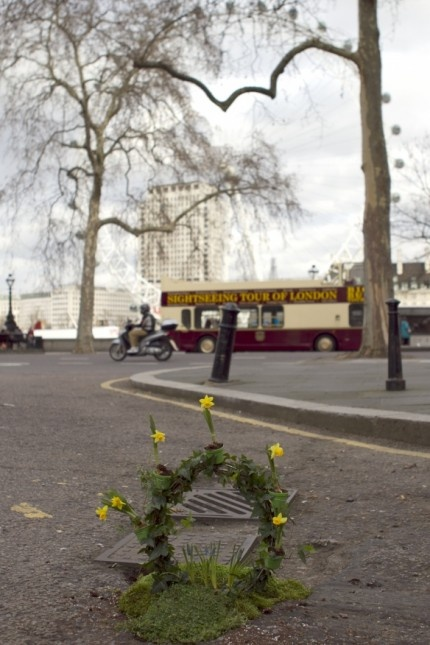 Steve Weheen's Springtime garden, a recreation of The London Eye took shape at the foot of the Ministry of Defense building..  a collaboration with Time Out Mag.  ...http://thepotholegardener.com/