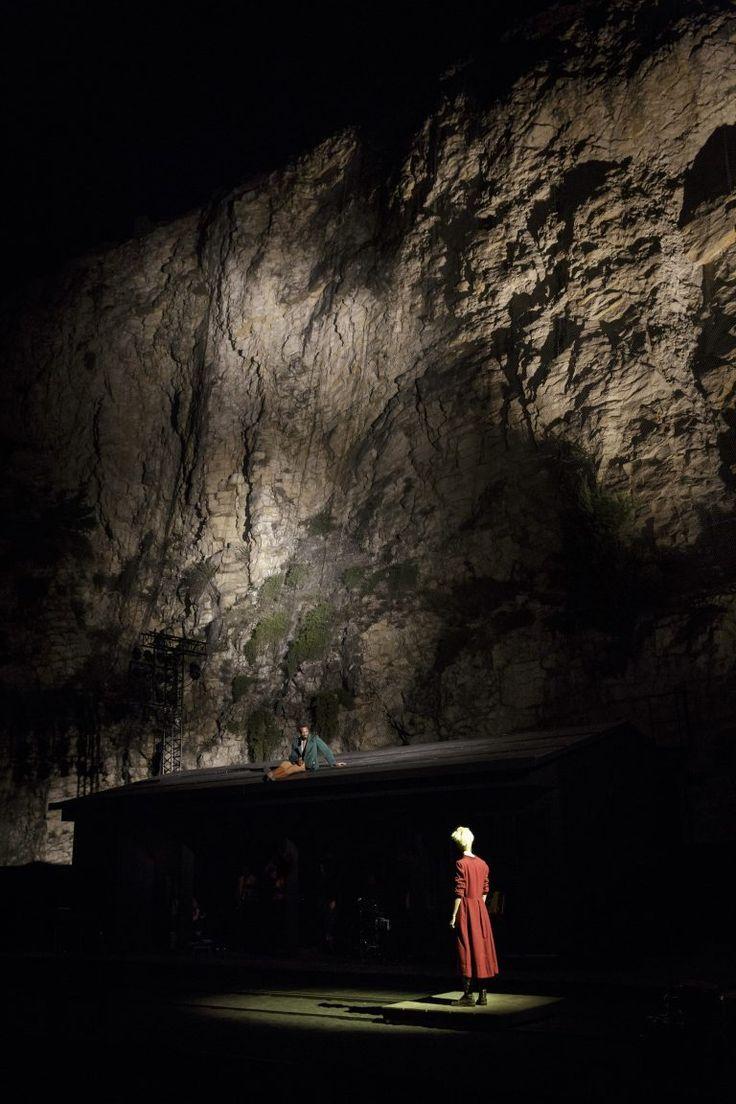 Karamazov d'après Dostoïevski, mise en scène de Jean Bellorini© Christophe Raynaud de Lage - Festival d'Avignon - Une critique de René Solis dans délibéré