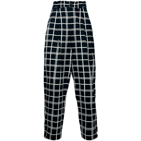 GIANNI VERSACE VINTAGE check print trouser (12,820 INR) ❤ liked on Polyvore featuring men's fashion, men's clothing, men's pants, men's casual pants, pants, bottoms, trousers, fillers, vintage mens pants and versace mens pants
