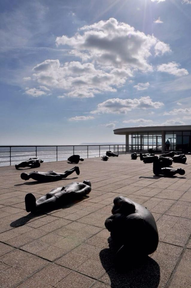 Wrap up warm & walk the Coastal Culture Trail this winter. The 20 miles walk  joins 3 amazing galleries in Eastbourne, Bexhill and Hastings including the De La Warr Pavilion with this amazing rooftop. coastalculturetrail.wordpress.com