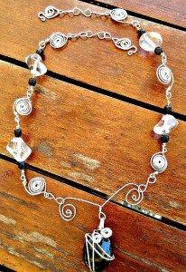 handmade-necklace-blacksilver-1