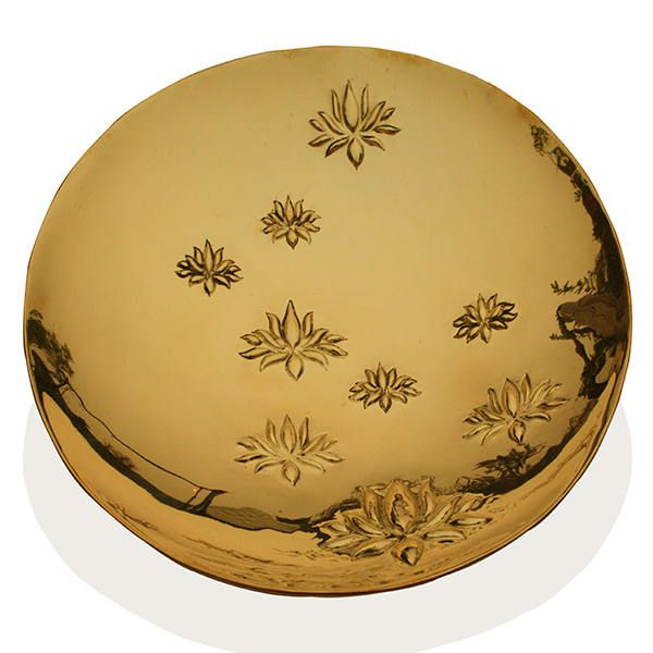 This Traditional Brass Bowl Made by Artist for your Home decoration and best for gifting.