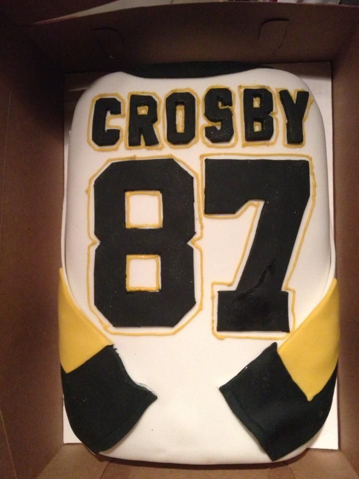 A nice jersey cake to top off any party! If only it were an Amerks jersey...