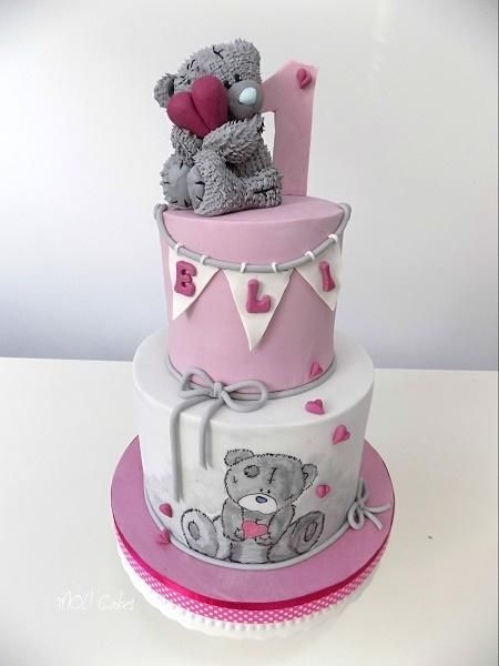 Me to You bear  by MOLI Cakes