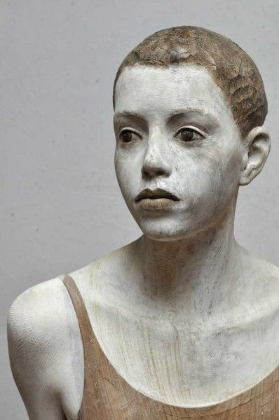 Les sculptures en bois de Bruno Walpoth - Journal du Design