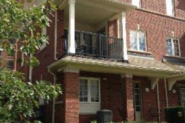 Condo+Townhouse+-+3+bedroom(s)+-+Oakville+-+$365,000