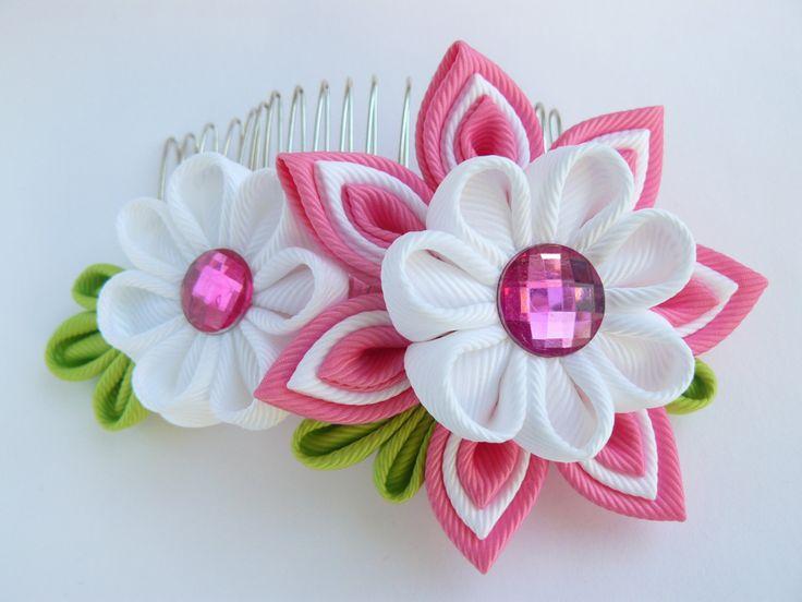 Handmade Kanzashi fabric flower hair comb fascinator- buy in UK,shipping worldwide-ladies women hair accessories by MARIASFLOWERPOWER on Etsy