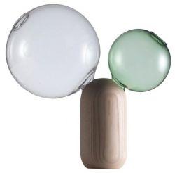 Crystal Ball Vase, ručně foukané borosilikátové sklo/bělený jasan, výška 30 cm, design Matteo Zorzenoni, vyrábí Cappellini, cena 12 835 Kč, www.markanto.de