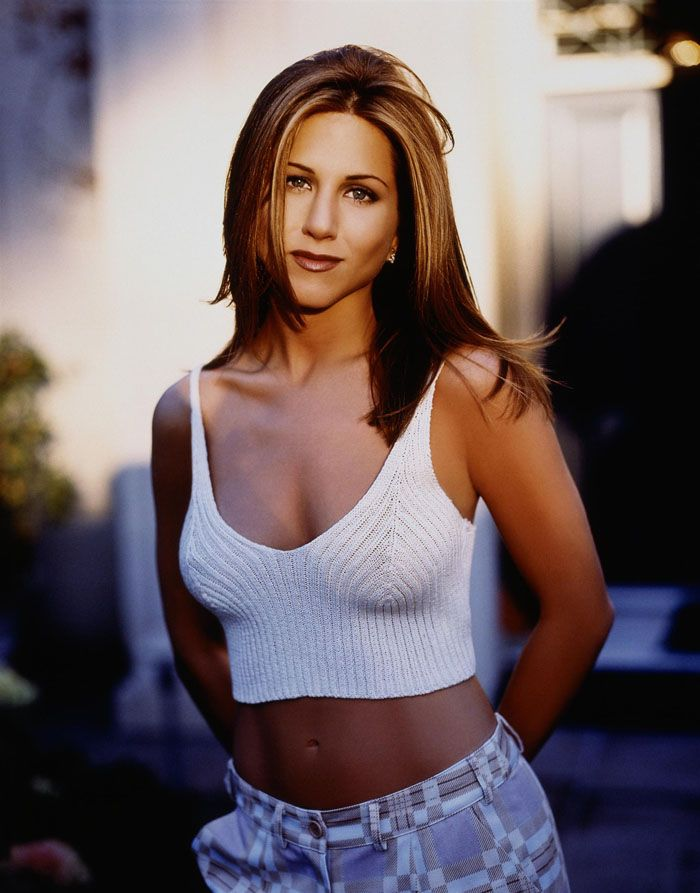 Jennifer Aniston #threadsence #fashion #90s