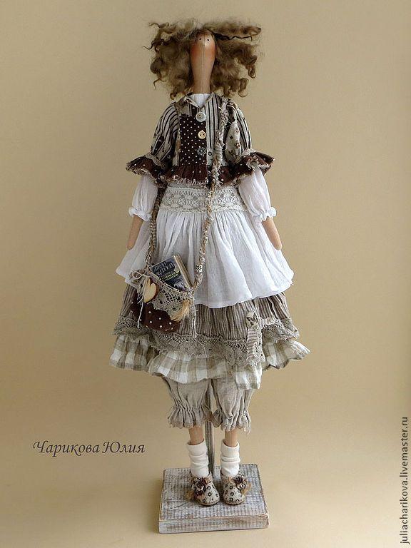 Купить Чудачка стоящая внимания - серый, бохо-стиль, бохо, кукла ручной работы, тильда