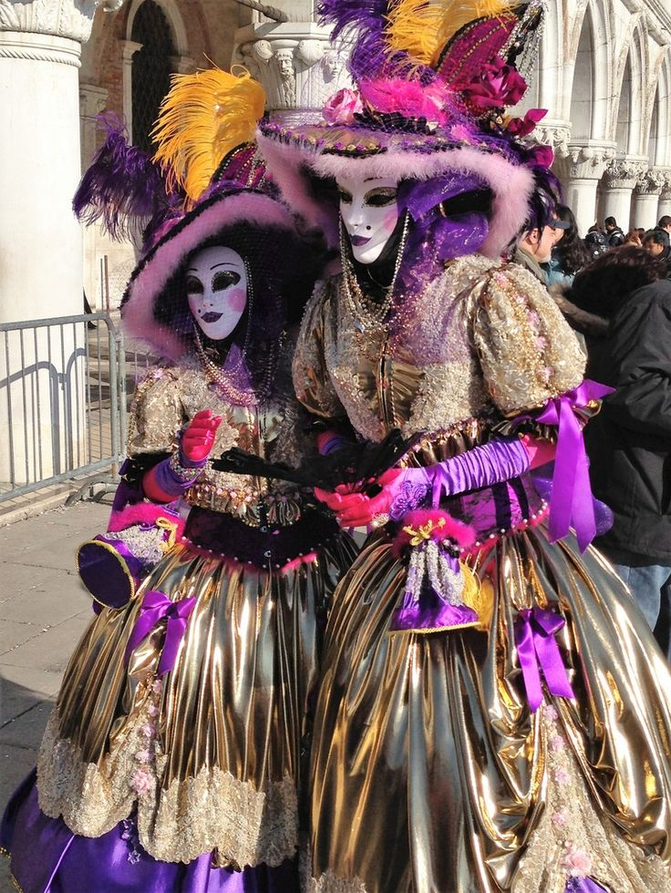 Куда поехать в феврале? На карнавал в Венецию!