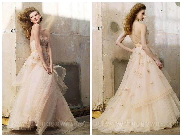 Luxury Fashion Oatmeal Tulle Wedding Dress with Crystal Flowers