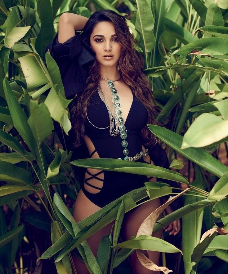 kiara advani: Latest kiara advani-Wallpapers,kiara advani Photos-Hot and sexy, bikni,latest photoshoot