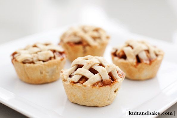 Mini Apple Pies made in cupcake pan. These are so yummy and easier than rolling out a pie crust by hand in my opinion. Awesome mini apple pies!
