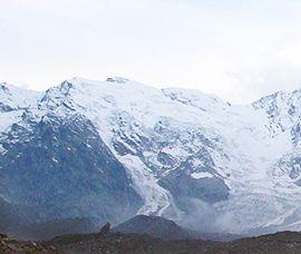 Continua a franare il Monte Rosa sulla Punta Tre Amici, già caduti 100 mila metri cubi - Ossola 24 notizie