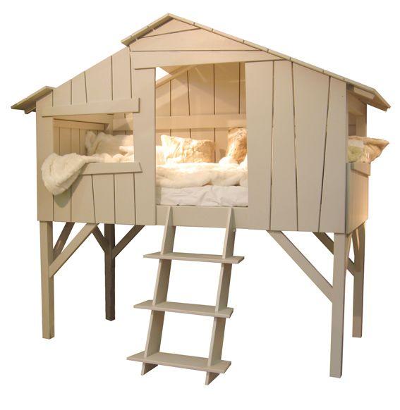 If only i had a bed this cool when I was a kid. So rad. Children's treehouse bed.