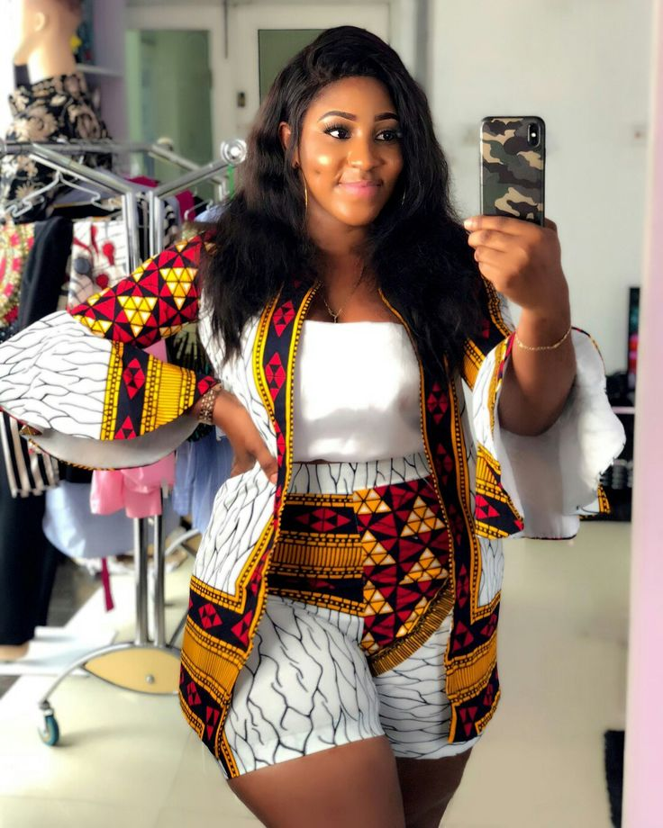 The most popular african clothing styles for women in 2018, kente wedding fashion dress, kente kaba, African fashion 2018 African Print Dresses 2018 : #asoebi #ankara #kente #kitenge #dashiki afrocentric fashion, afrofashion vêtements africains pour les femmes, krobo beads, xhosa fashion, agbada, west african kaftan, African wear, fashion dresses, asoebi style, african wear for men, mtindo, robes, mode africaine, moda africana,