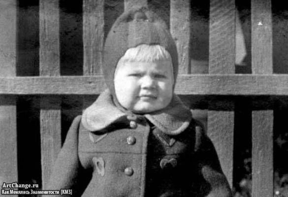 Натали (Наталья Рудина) в раннем детстве