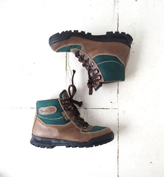 Vintage Vasque Boots / Italian Hiking Boots / Women's Hiking Boots / Size 7.5