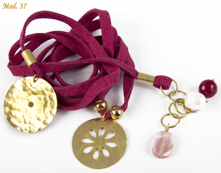 Collar enchapados en oro $45.000 carocortesi@gmail.com +56995489407