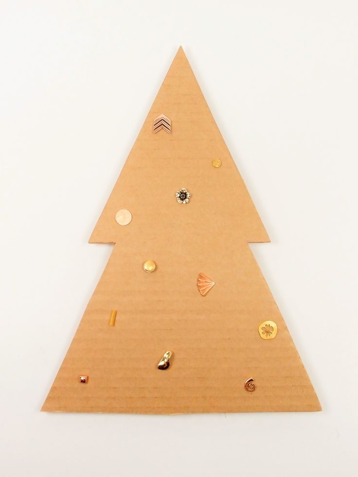 Oh Christmas Tree, Oh Christmas Tree! It's a golden Christmas at Hanne Andersen Jewellery.