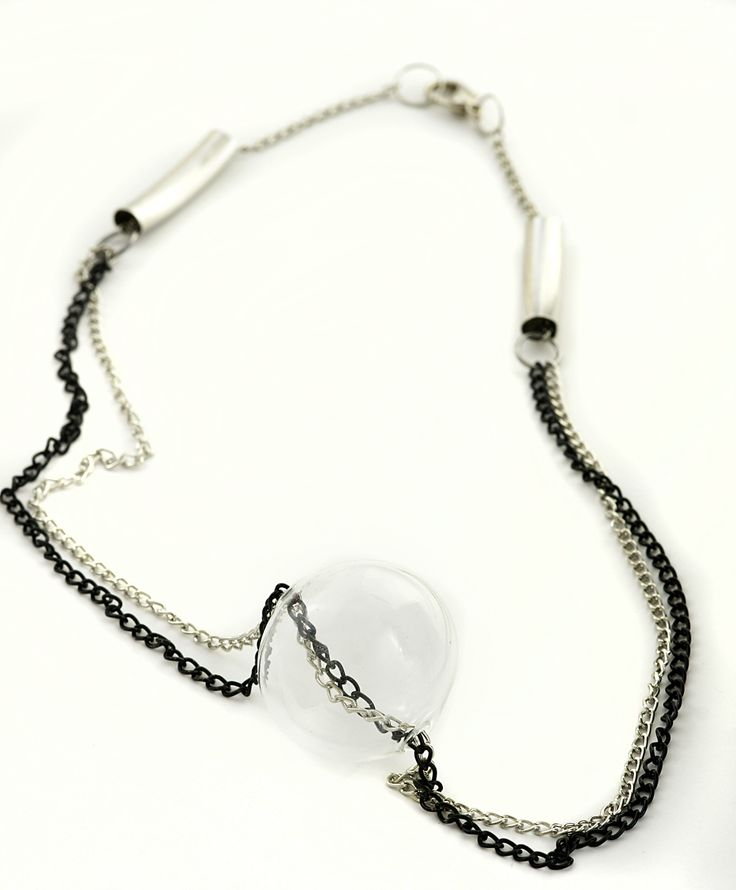 Clear Muarano glass bead necklace
