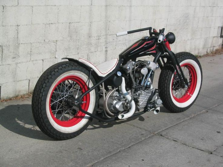 black with red paint jobs on motorcycles | ... thick pin-striping and I think that this bobber paint job is nice