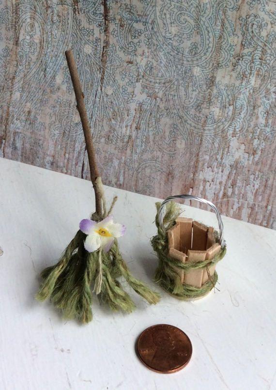 Fee-Arbeit von Olive Miniatures Fee Wischmopp und Eimer