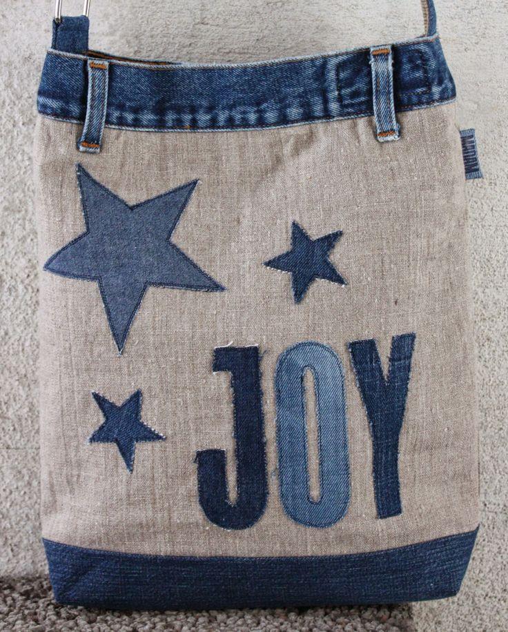 madam: Vesker av lin og resirkulerte jeans.