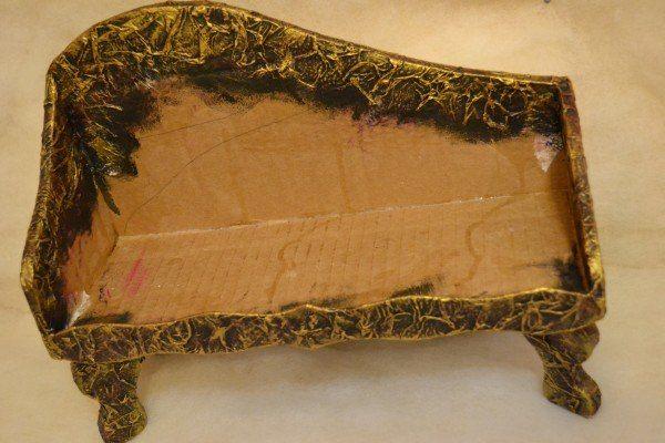 Антикварный диван для кукол своими руками