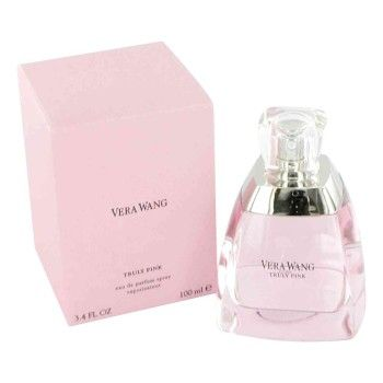 Vera Wang Truly Pink is een bloemige damesgeur uit 2006. Fresia, abrikoos en lychee zijn de topnoten, pioenroos, roos en lelietje-van-dalen zijn de hartnoten en iris en houtsoorten vind je in de basis