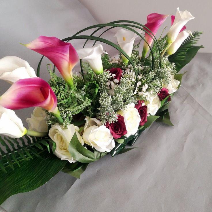 Kompozycja Kwiatowa Biale I Amarantowe Kalie Nr 122 Swiateczne Atelier Floral Floral Wreath Wreaths
