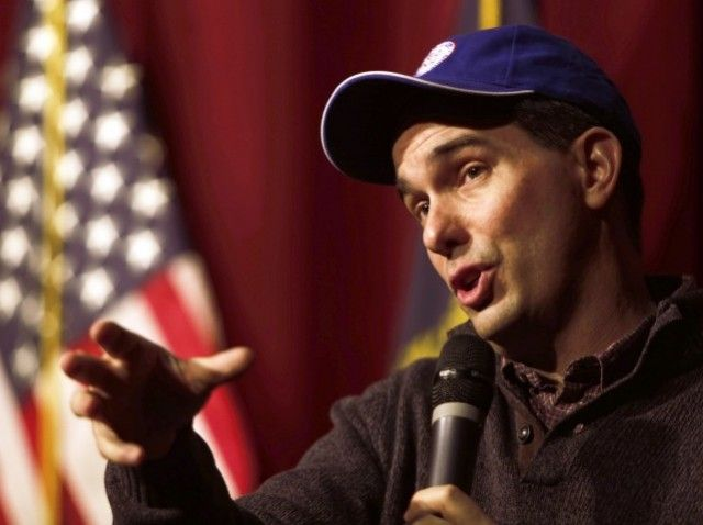 Scott Walker - Scott Walker Endorses Path to Citizenship for Illegal Immigrants at Private GOP Dinner