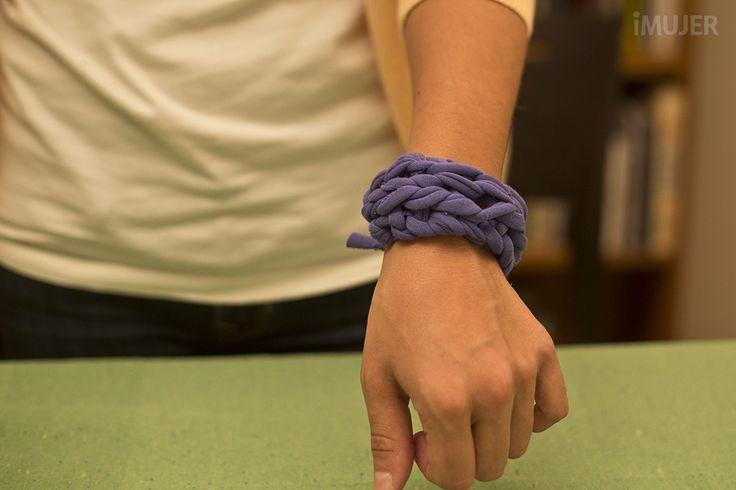 Cómo hacer tejido con los dedos
