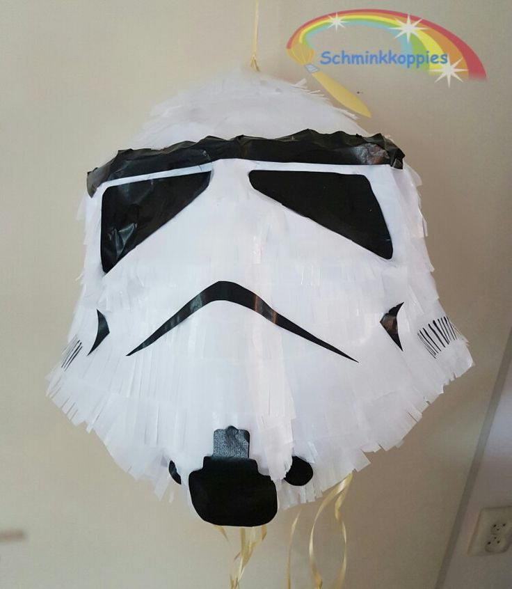 Stormtrooper pinata made by Schminkkoppies