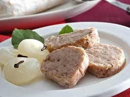 Una ricetta economica nei tempi di crisi: Salame di patate http://libriscrittorilettori.altervista.org/ricetta-economica-nei-tempi-crisi-salame-patate/ #salame #patate #mamme #cucinare #crisi