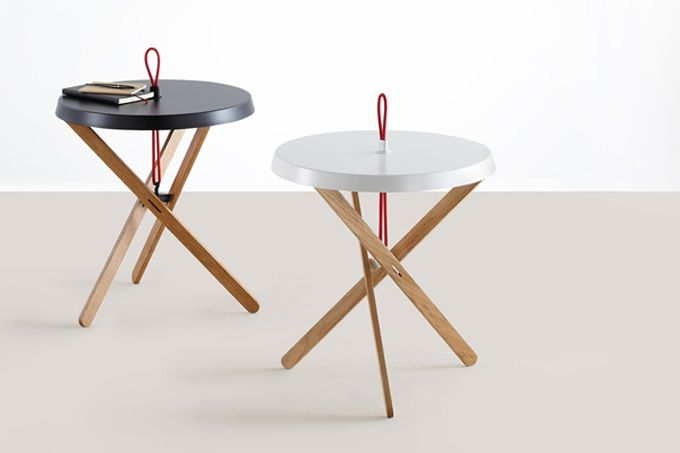 The Marionet Table by Simon Busse