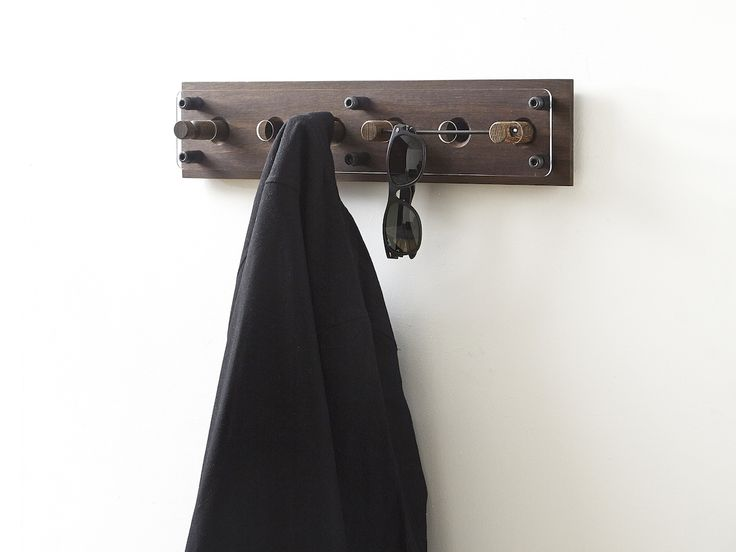 Moodboard 1X6 Fumed Oak - Magnetic Hanger System - Glasses - Shirt - Jacket
