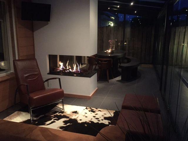 kal fire fairo 90 doorkijk haard in de serre ontwerpen. Black Bedroom Furniture Sets. Home Design Ideas