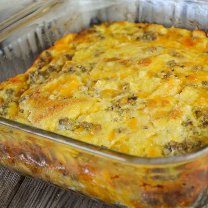 Make Ahead Sausage And Egg Breakfast Bake: This Egg And Sausage Breakfast Casserole Can Easily Be