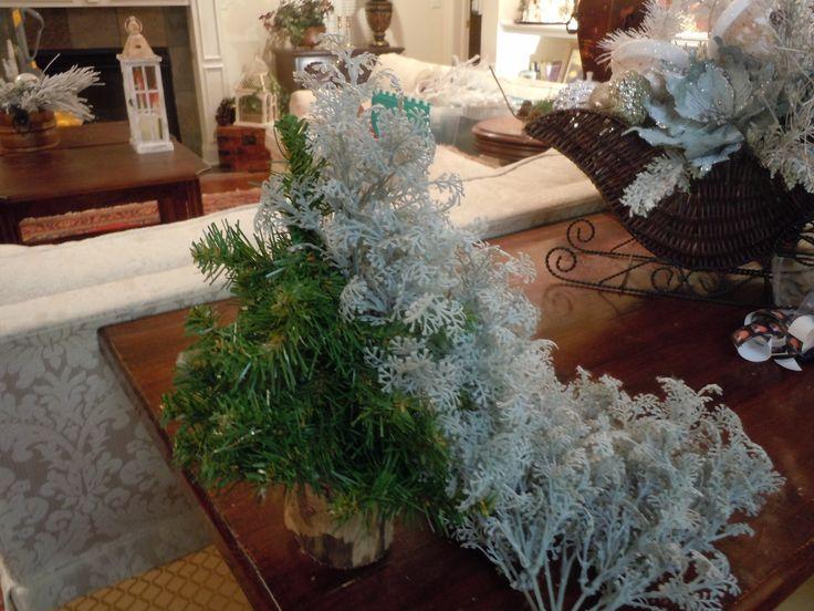 A Cheap VERY EASY Christmas Tree. Buy A Cheap Artificial