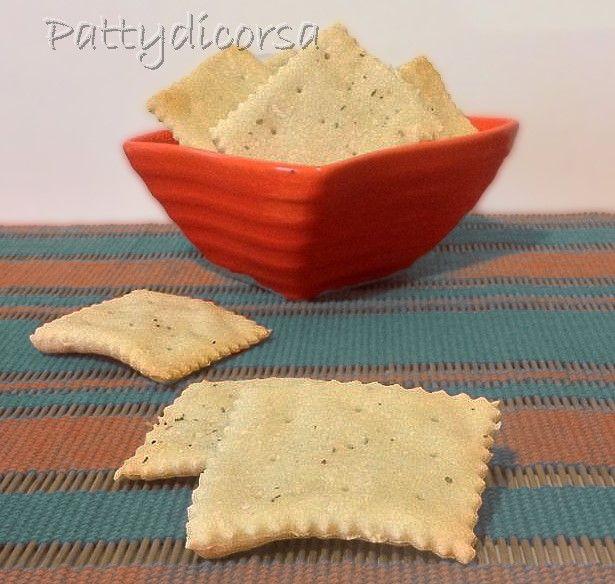 Crackers salati con esubero di lievito madre
